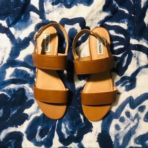 Steve Madden sandals NWOT